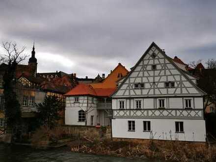 wunderschöne-helle 1 Zim Wohnung im Herzen von Bamberg mit Blick auf die Regnitz