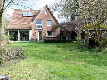 ***Europa-Makler***Pferdeliebhaber aufgepasst: ein tolles Haus mit Pferdestall!!!