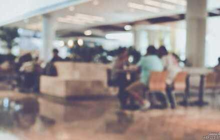 A&M Commercial - KölnMesse + Oper. Café in Bestlage im Bürohaus mit optionaler Vergrößerung.