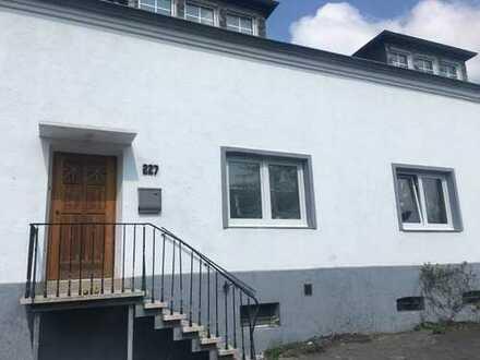 Erstbezug einer frisch sanierten Doppelhaushälfte in bevorzugter Lage