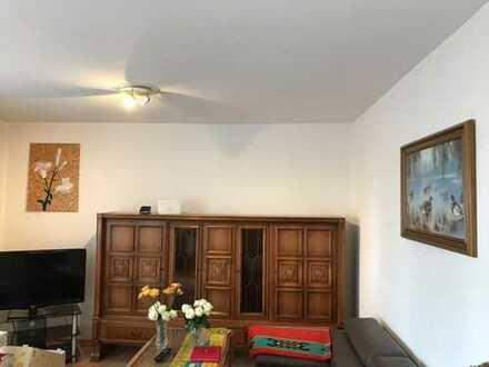 Gepflegte 3-Zimmer-Wohnung mit Balkon und EBK in Detmold