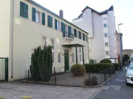90m2 Loft-Wohnung in Stadtmitte LU mit PKW-Stellplatz auf Privatgelände