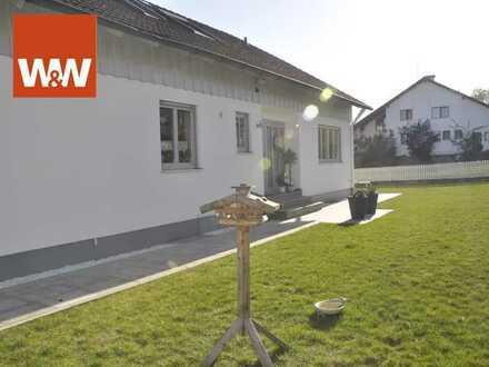Individuell und niveauvoll Wohnen unterm Dach mit Gartennutzung!
