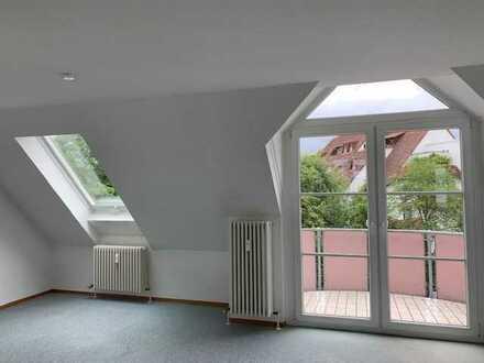 Renovierte 3-Zimmer-Dachgeschosswohnung mit Balkon in Trossingen