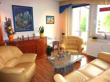 Traumhaft schöne, helle und gepflegte 3 Zimmer Wohnung, in ruhiger Stadtrandlage