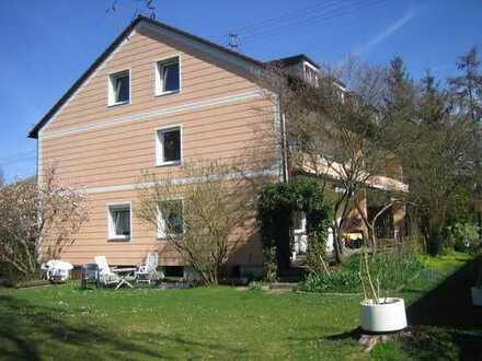 Von Privat: München-Eching / S 1 - Gemütliche 3 Zimmer-Dachgeschosswohnung / Provisionsfrei