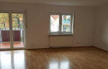 Bild_Schöne 3 Zimmerwohnung mit großem Sonnenbalkon!