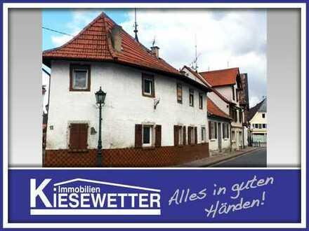 Renovierungsbedürftiges Ein- bis Zweifamilienhaus in Gau-Odernheim