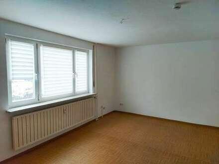 Hier lässt es sich erfolgreich studieren und jung leben: Kleines Apartment im Thüringer Vierte
