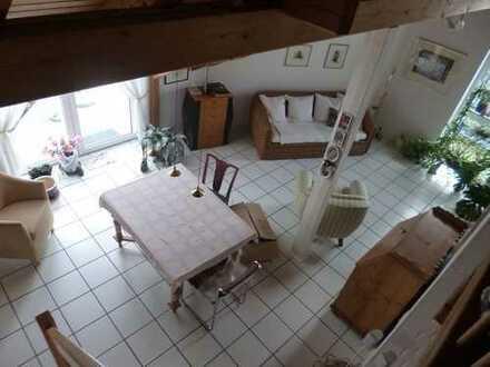 Nieder-Erlenbach, schicke Architektenwohnung - Maisonette