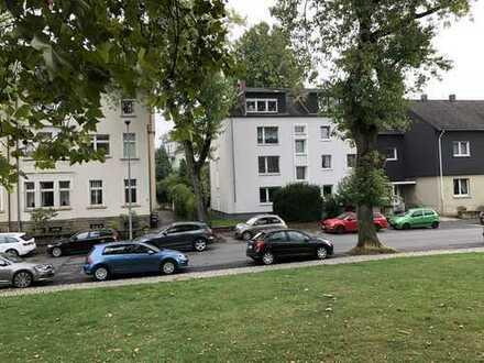 Bestlage: 2,5-Zimmer-Wohnung direkt am Stadtpark