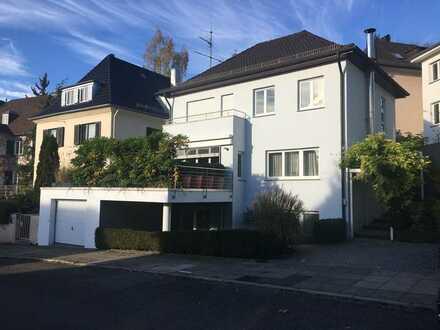 Repräsentatives Stadthaus! Spitzenlage - 4-Zimmer-Einfamilienhaus mit EBK in West, Stuttgart