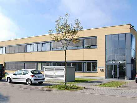 Hochwertige Logistik -/ Werkstatthalle im Gewerbepark Oos-West