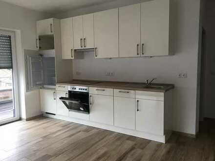 Neuwertige 2-Zimmer-Penthouse-Wohnung mit Balkon und Einbauküche im Herzen von Haselünnein Haselünne