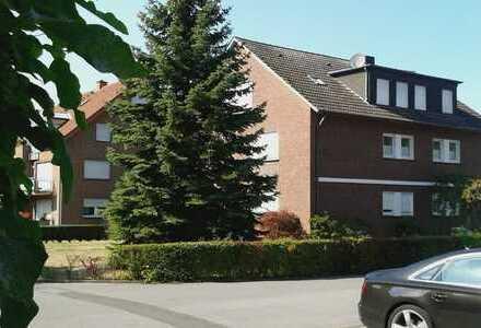 Schöne, helle Erdgeschosswohnung mit viel Garten und Garage in BWL