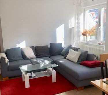 Befristete, möbilierte 2-Zimmer-Wohnung mit Balkon