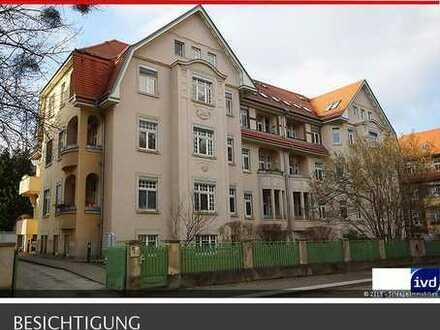 ***DRESDEN-BLASEWITZ*** Hübsche Wohnung mit Balkon in stilvollem Altbau in elbnaher Lage!