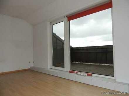 2-Zimmer-Dachgeschosswohnung mit Balkon in Gersthofen