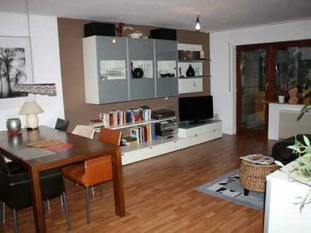 Sonnige 4,5 Zimmer Wohnung in Steinheim