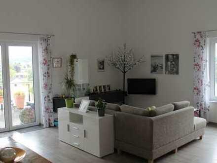 Neuwertige Penthousewohnung in der Wohnanlage am Birkenberg