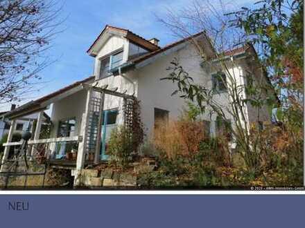 Einfamilienhaus mit Garage, Carport und Garten in Zaberfeld zu verkaufen