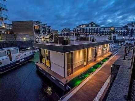 LUXUS Hausboot - 2 Etagen - 100m² SONNENTERRASSE - 70m² Wohnen - Kamin, Sauna, komplett individuell