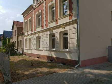 **4 Raum Wohnungen im DG** mit Stellplatz und Vollbad- Jetzt sichern!