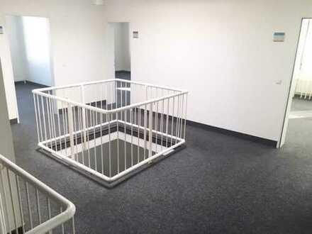 Großzügige Büroflächen auf 2 Etagen