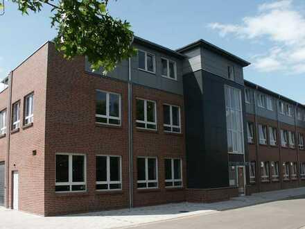 Attraktive Penthouse-Wohnung mit Terrasse (Aufteilung siehe Grundriss) in Bad Zwischenahn