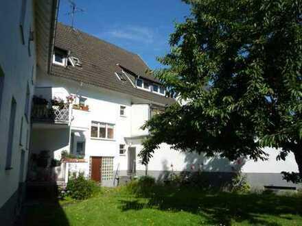 2-Zimmer- Dachgeschoßwohnung