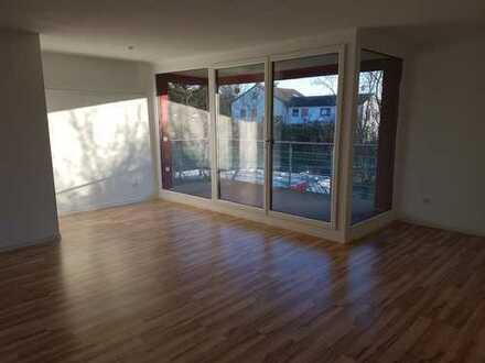 Exkl. 3,5-Zi.-Wohnung, Balkon, EBK, Garage, Röthenbach a. d. Peg.