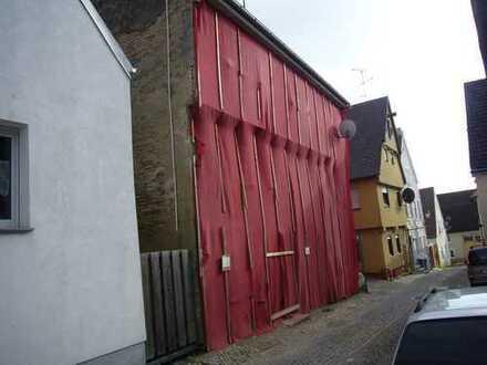 Renovierungsbedürftiges Wohnhaus im Herzen von Lauingen (Denkmal)