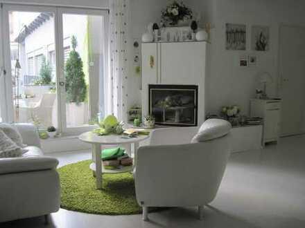 Zentral gelegene 3,5 Zimmerwohnung in Ettlingen mit offenem Kamin