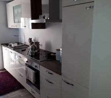 Schöne 3-Zimmer-EG-Wohnung mit Balkon und EBK in Obernheim Zollernalbkreis