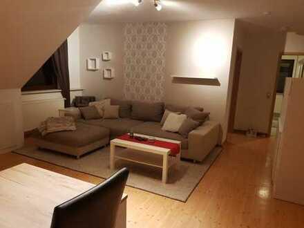 Preiswerte 3-Zimmer-DG-Wohnung mit Balkon und EBK in Freudenthal