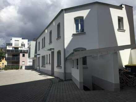 Zentral gelegene 5-Zimmer-Wohnung auf zwei Ebenen