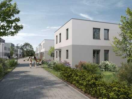 Erstbezug mit EBK: schöne Doppelhaushälfte mit vier Zimmern in Bohnsdorf (Treptow), Berlin