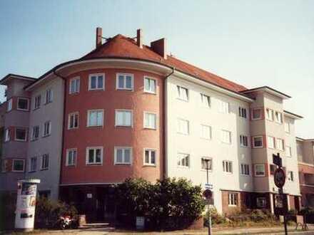 Großzügig geschnittene 3- Raum Wohnung in sonniger Lage