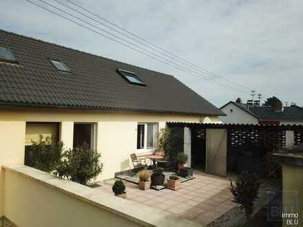 Viel Platz, traumhafte Terrasse, ruhig, Garage, 2 Wohneinheiten möglich!