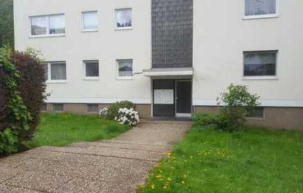 Schöne 2 Zi.-Wohnung mit Balkon mit Blick ins Grüne