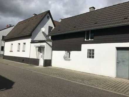 Schönes Haus mit drei Zimmern in Linkenheim-Hochstetten