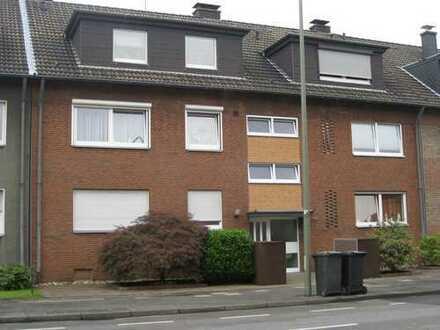Schöne 3 Zimmer Wohnung mit Balkon und Gartennutzung in Fuhlenbrock