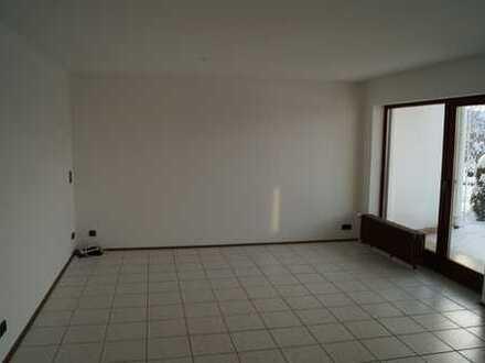 Großzügige 2-Zi.-Wohnung mit Terrasse für 1-2 Personen