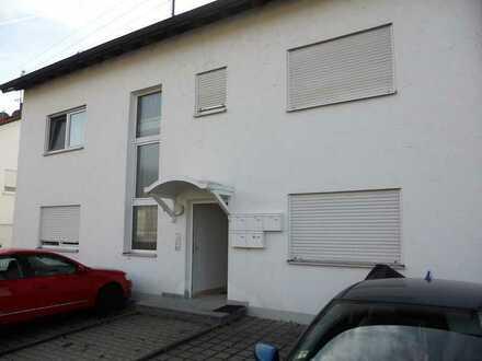Große und gepflegte 3-Zimmer-DG-Wohnung mit Einbauküche und Balkon in Konzenberg