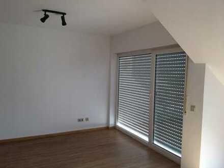 Schöne, geräumige und helle zwei Zimmer Wohnung in Kirchheimbolanden