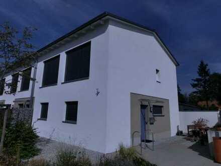 Passivhaus mit fünf Zimmern in Erlangen in zentraler Lage
