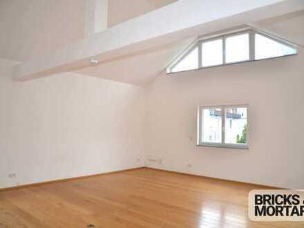 ***Moderne Büroräume auf zwei Etagen (ca. 127 m²) in verkehrsgünstiger Lage zu vermieten***