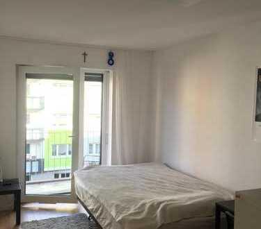 WG-Zimmer im Top Studentenwohnheim HOLZGARTENSTRAßE 31