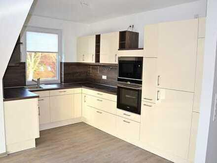 Moderne Dachgeschoss-Wohnung mit großzügiger Raumaufteilung und Südbalkon in Bad Zwischenahn