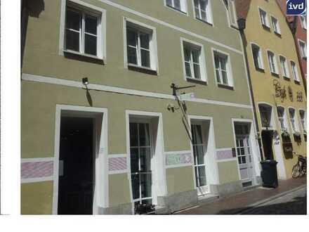 **Kleiner Laden im Zentrum von Landshut, ideal zur Kapitalanlage mit ca. 3,5 % Rendite**